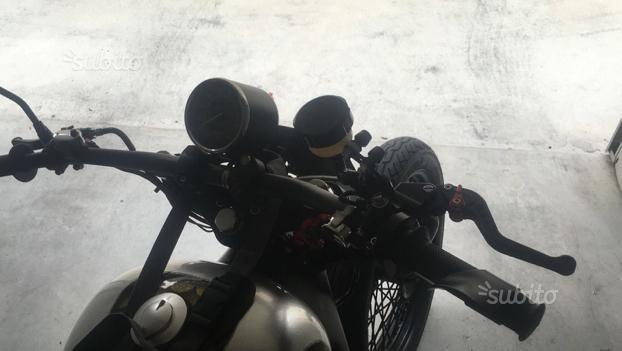 Shadow vt 600 custom