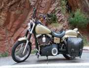 Harley-Davidson Dyna Street Bob -...