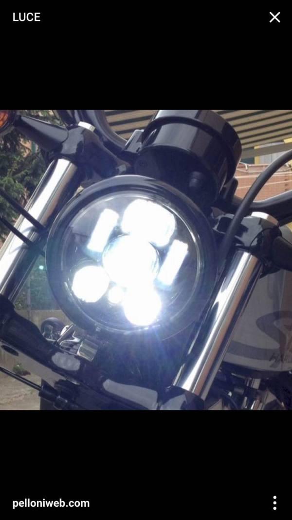 FARO A LED
