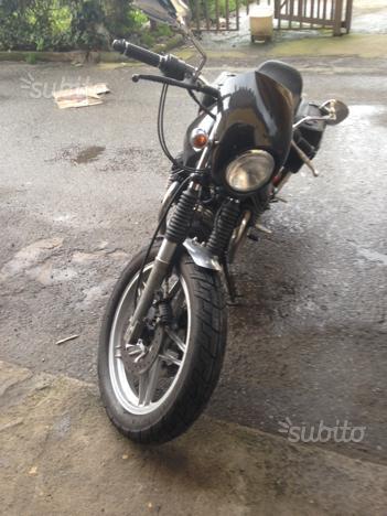 Moto Guzzi v50 iscritta asi
