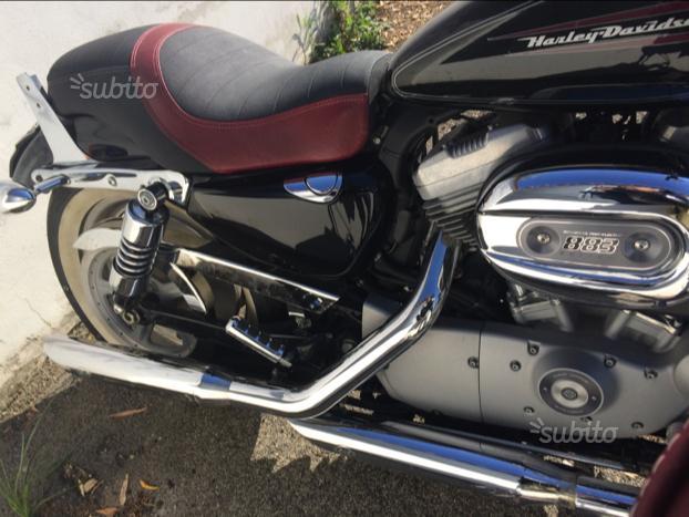 Harley davidson 883 custom nera ottobre 2009