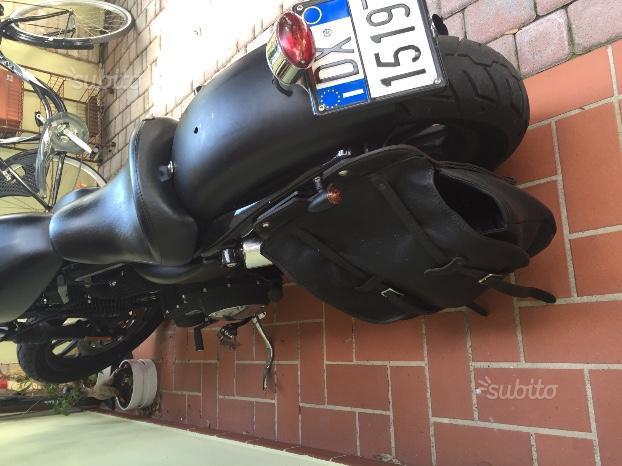 Harley-Davidson Sportster 883 - 2012