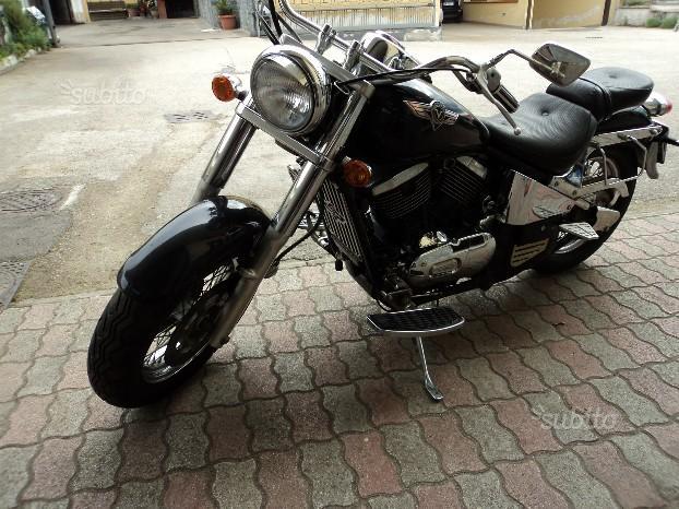 Kawasaki VN 800 -Custom