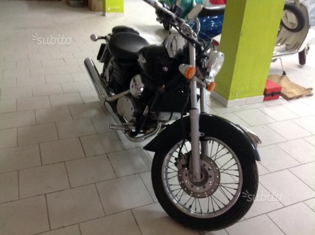 Honda VT 600 Shadow - 2000