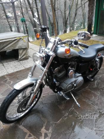 Harley Davison 883 XL 100th