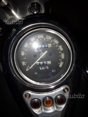 Kawasaki custom vn 800