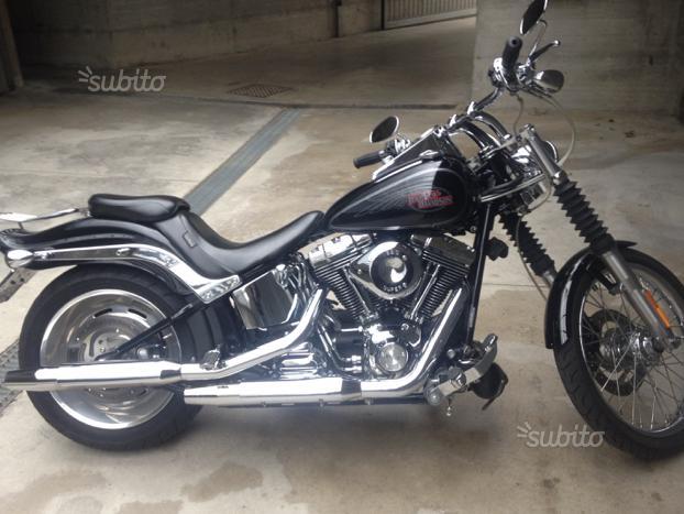 Harley softail custom fxstc 2010