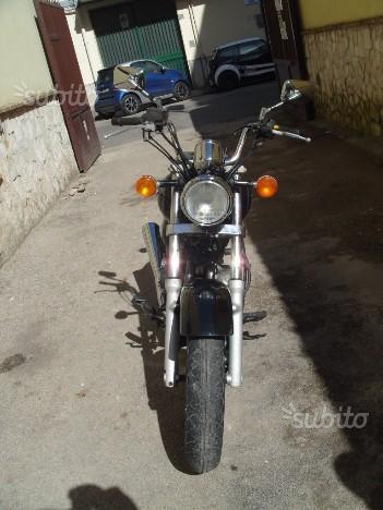 Suzuki GZ Marauder 250 - 2002