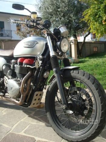 Triumph Bonneville - 2006