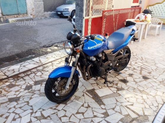 Kawasaki ZR 7 - 2003