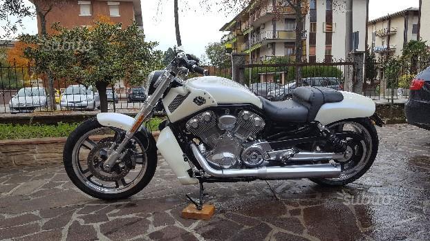 Harley-Davidson V-Rod - 2010