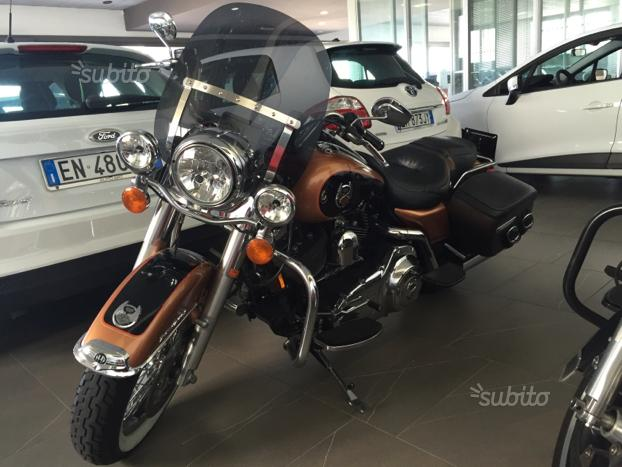 Harley Davidson Road King 105 Anniversario