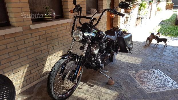Harley-Davidson Softail Blackline - 2011