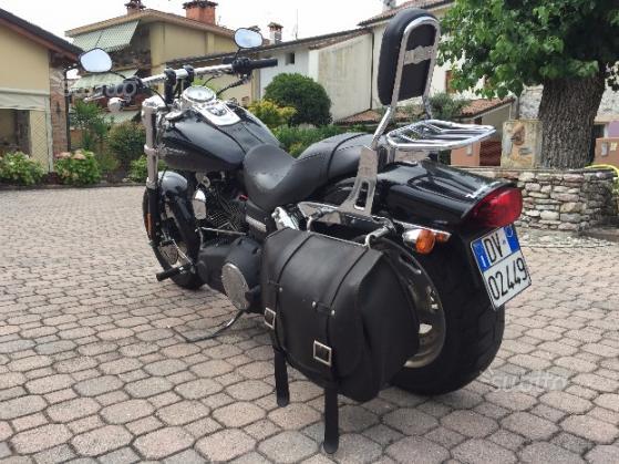 Harley-Davidson Dyna Fat Bob - 2011