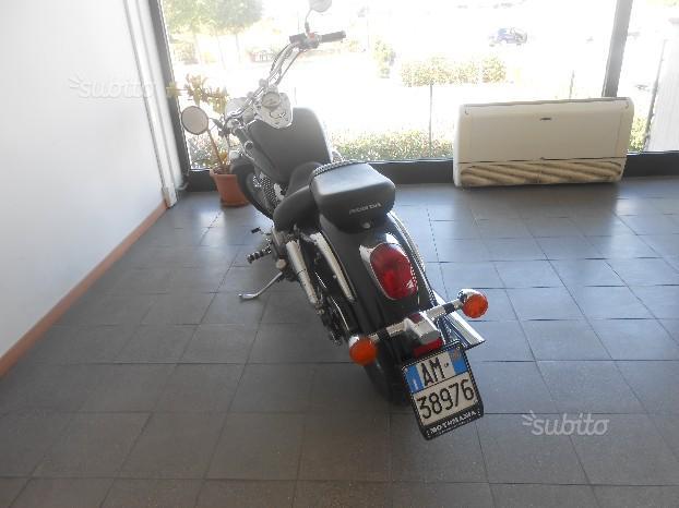 Honda VT 750 Shadow - 2000