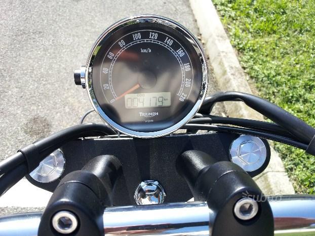 Triumph SpeedMaster - 2014