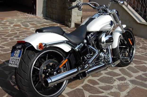 Harley-Davidson Breakout C.V.O. - 2016