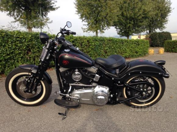Harley-Davidson Softail Cross Bones - 2009