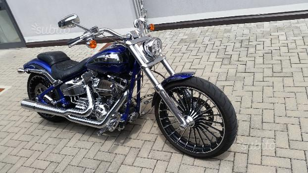 Harley-Davidson Breakout C.V.O. - 2014