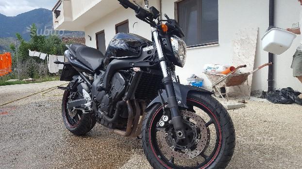 Yamaha FZ6 - 2009