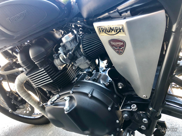 Triumph bonneville t100 black efi 2013
