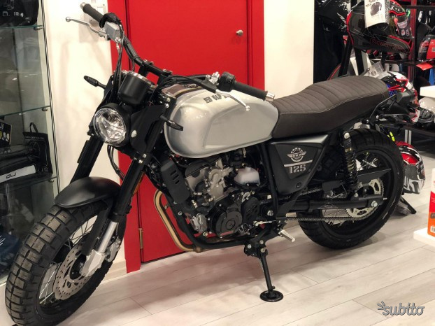 Swm outlaw 125 cc in piccole comode