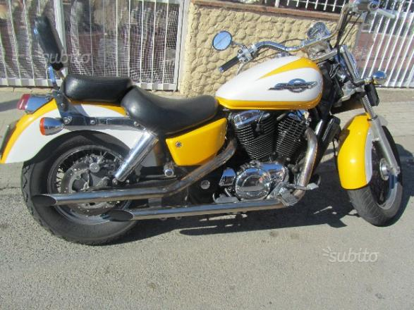 HONDA OF AMERICA VT 1100 C Shadow - 1996