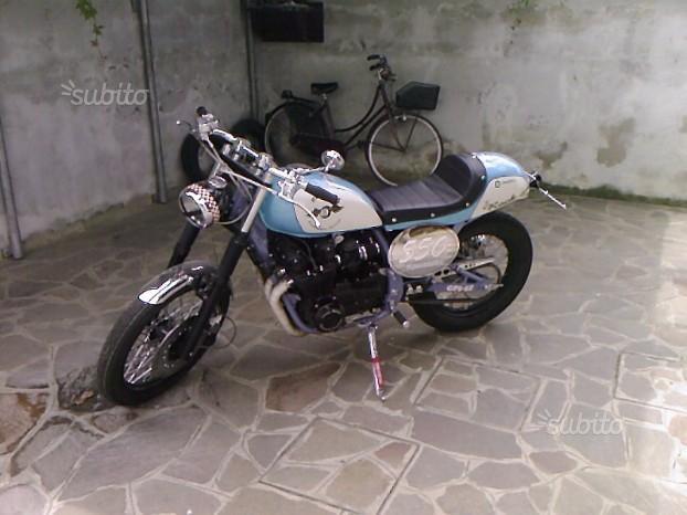 Kawasaki GPZ 500 - 1982