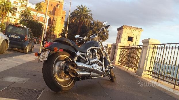 Harley-Davidson V-Rod - 2004