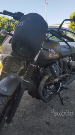 Moto guzzi v7 stone 2